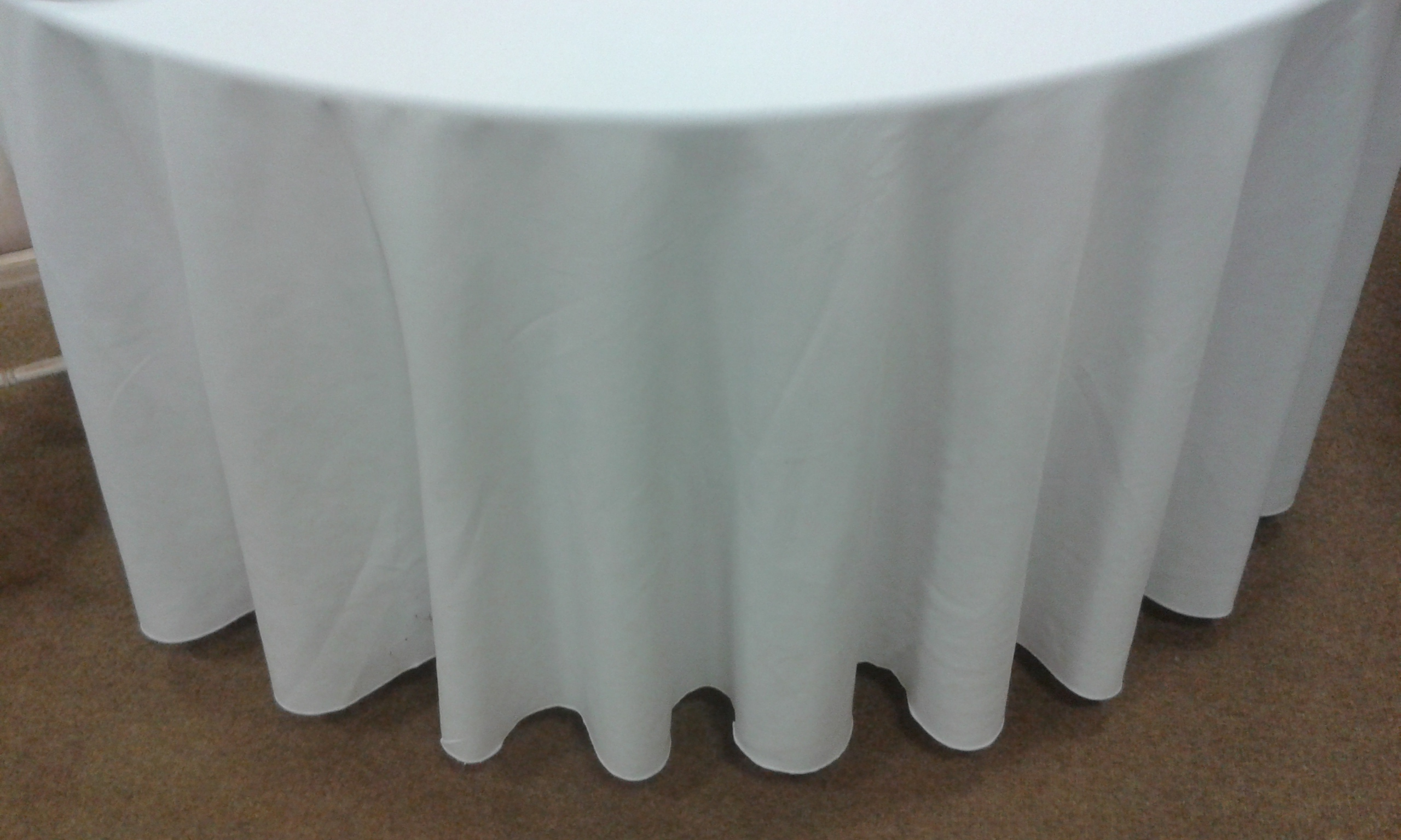 132 round table linen