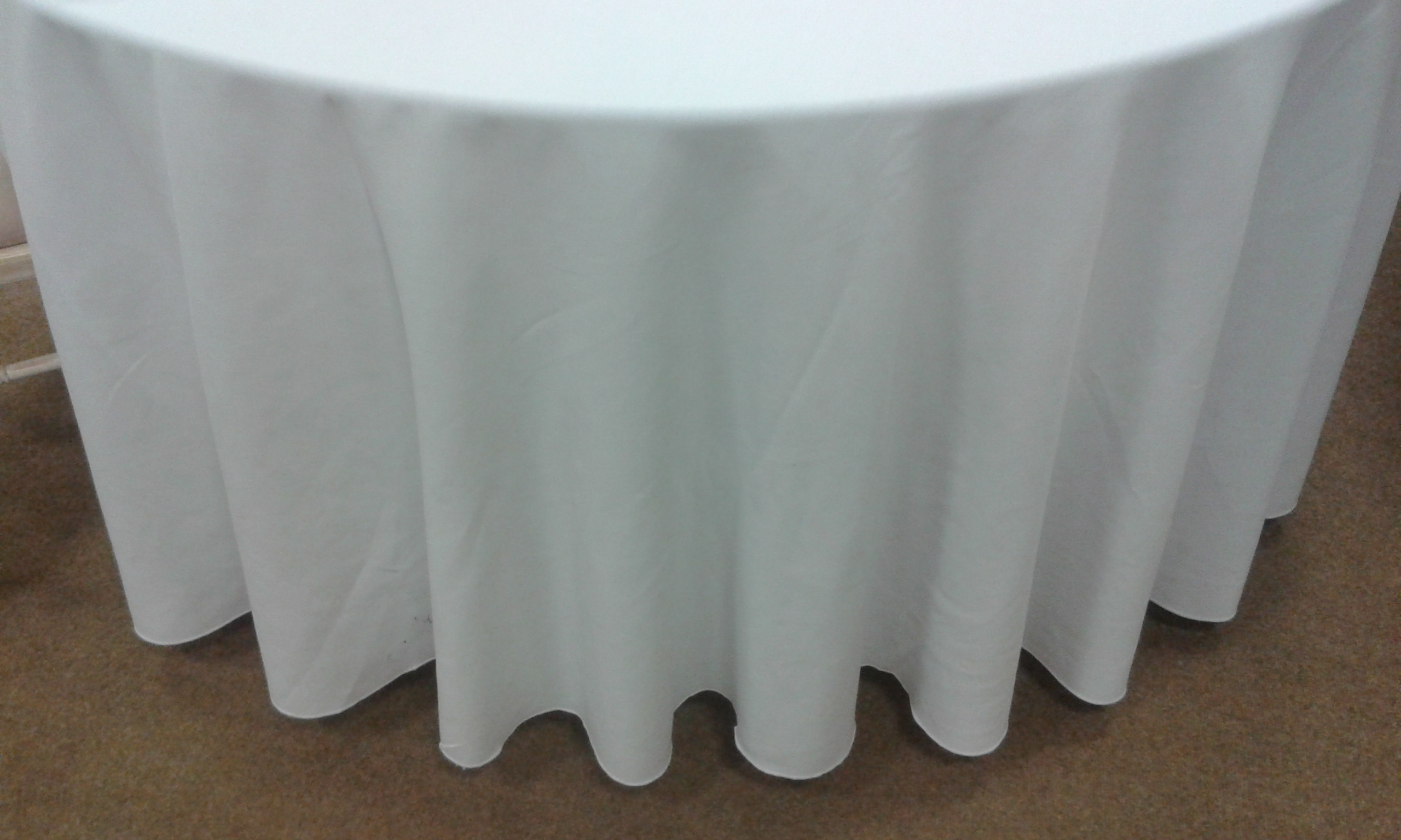 White 90 Round Table Cloth Grice Foster Event Hire